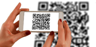 TechSaaz - how to scan qr code with iphone